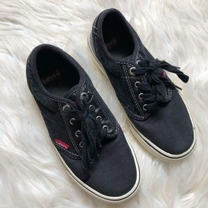 Boy's Levi's Lace Up Sneakers Leather Detail